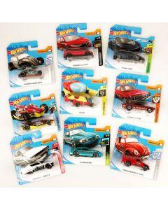 Kule og solide Hot Wheels biler. Bilene er i målestokk 1:64. Bilene selges assortert. Når du kjøper en plukker vi en tilfeldig variant. Ved kjøp av flere vil vi forsøke å plukke ulike modeller. Passer fra 3 år+
