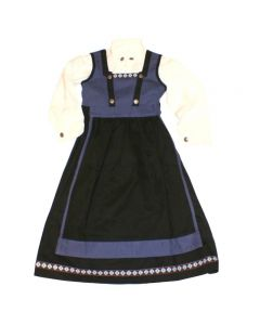 Sett med kjole,bluse og forkle. Materiale: 65% ull, 35% viscose.